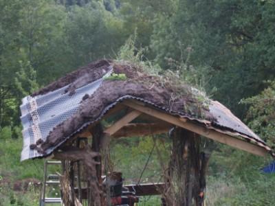 Association biodiva 39 r construire une cabane de jardin en structure bois brut et torchis - Construire une cabane de jardin ...
